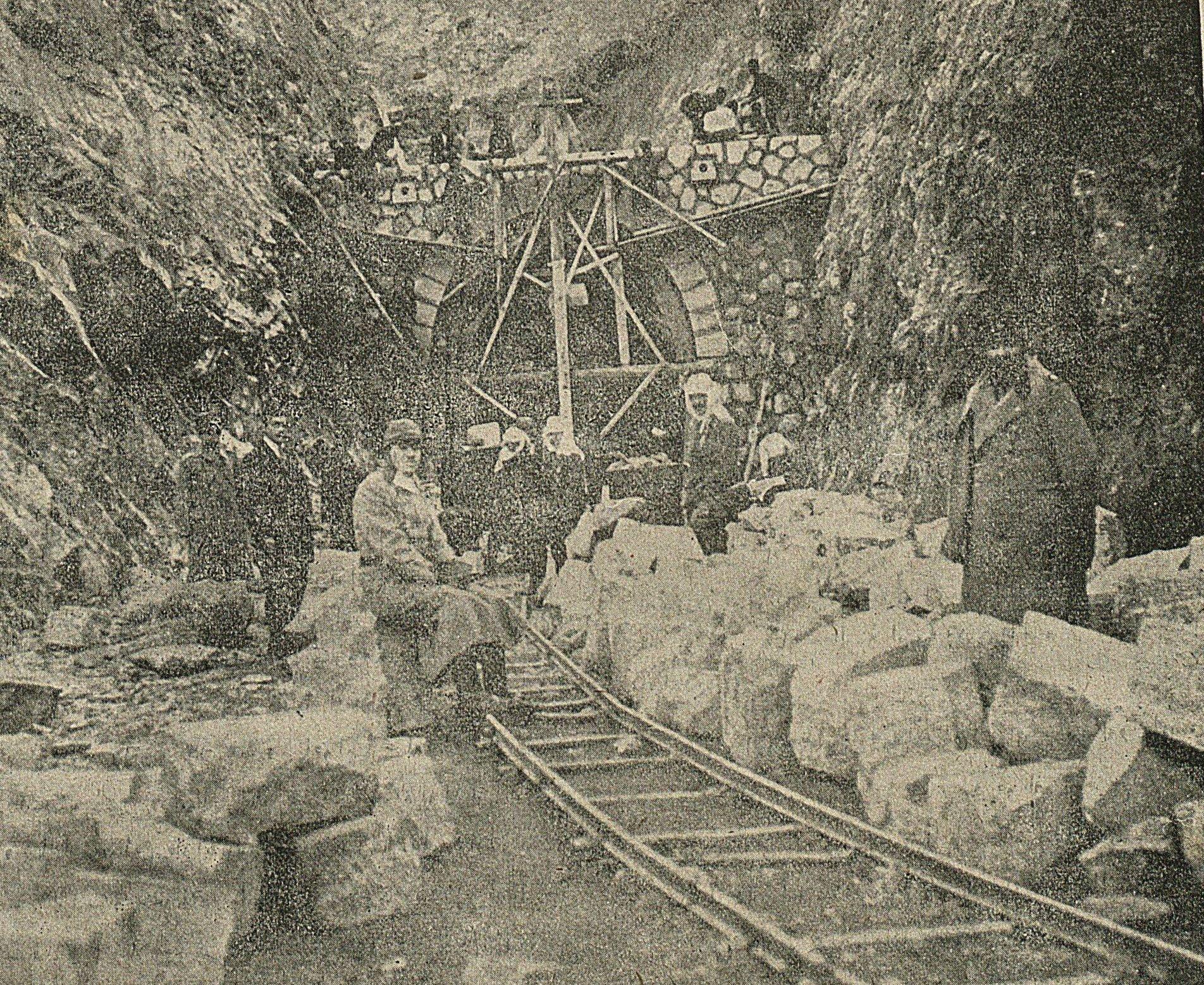 DONANMA MECMUASI 87 / 136 - 13 Eylül 1917